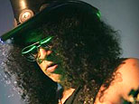 Velvet Revolver's Slash (Y! Music)