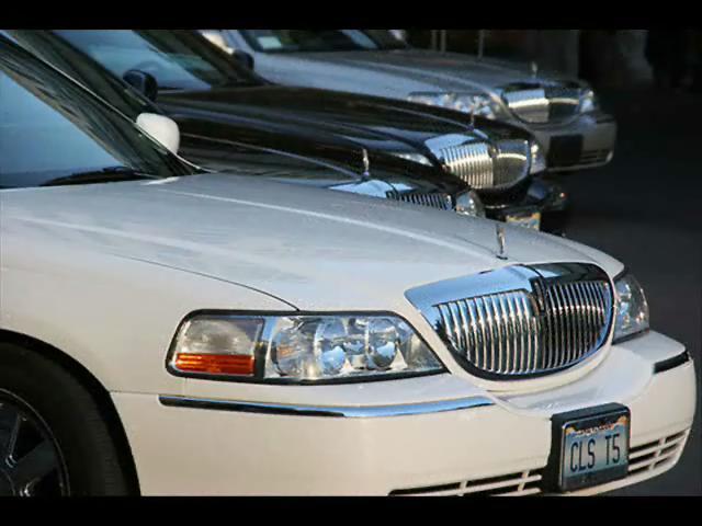 Hire Q7 Dubai >> Audi Q7 Limousine Hire