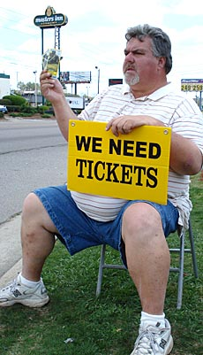 Dan Hedrick is 1-15 in buying Masters tickets off the street.